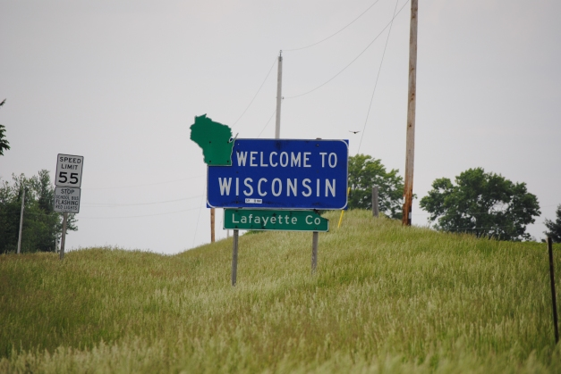 Entering Wisconsin! We were unaware of its amazingness. Later in the day, that changed.